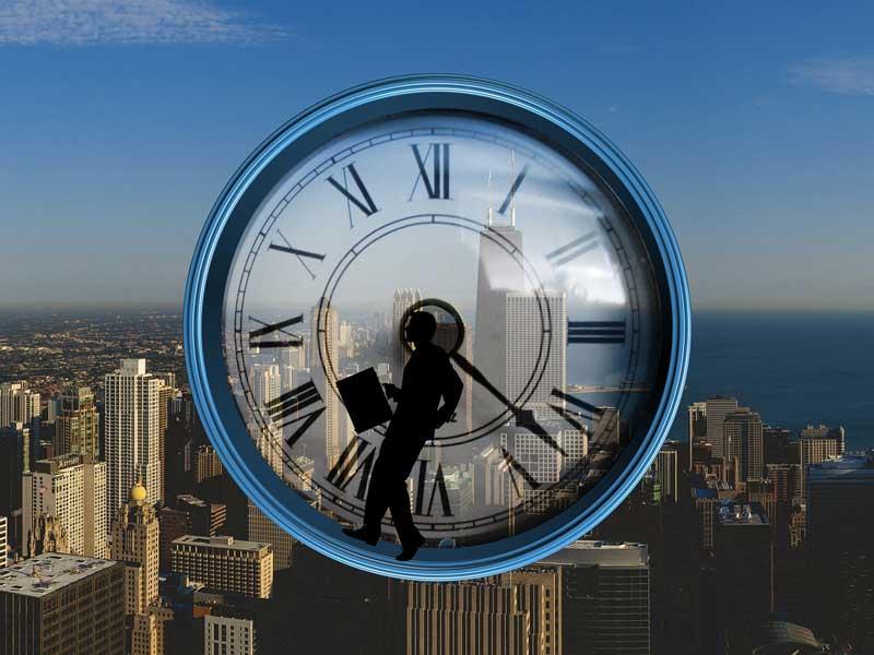 Uhr (pixabay - geralt)