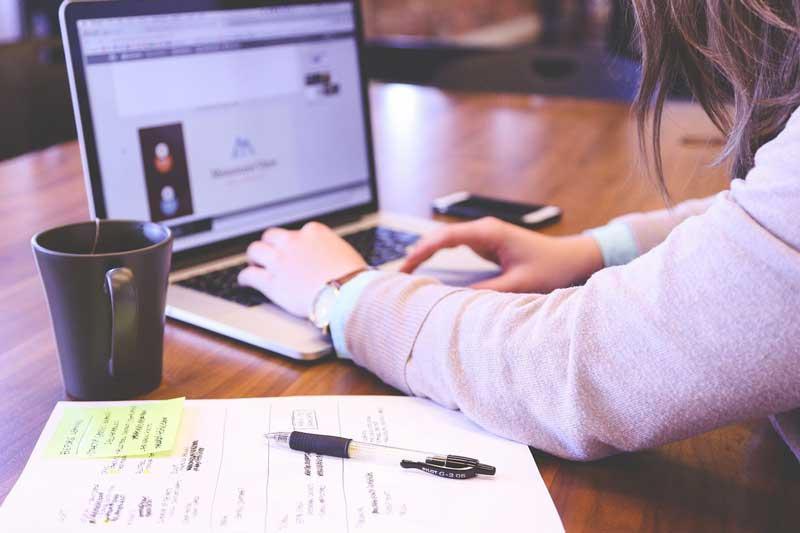 Startup - Gründung - Selbständigkeit (pixabay - StartUpStockPhotos)