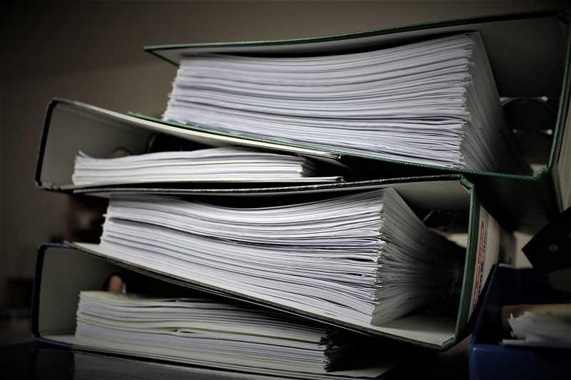 Bürokratie Aktenberg